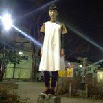 大阪阿部服J.K./星野ことり」による『あなたのいろ わたしのいろ』(モデル:レンカ/にら)