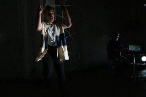 詩人・久世孝臣とダンサー・森 政博による二人芝居『僕とパンツとトンプソン』再演記録(2018年8月24・25日)記録写真